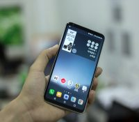 Trên tay LG V30: Đẹp, bóng bẩy và sang trọng!