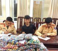 Nghệ An: Nam học sinh THPT vận chuyển hơn 2.000 quả pháo bi trái phép