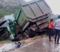 Diễn Châu: Xe đầu kéo tông xe khách, nhiều người bị thương phải cấp cứu