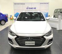 Chi tiết Hyundai Elantra Sport giá 729 triệu đồng