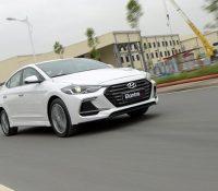 Hyundai Elantra Sport 2018 chiếc sedan mạnh nhất phân khúc