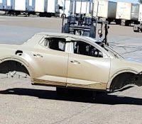 Xe bán tải Hyundai lần đầu khoe thân vỏ, có chi tiết giống Elantra mới