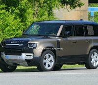 Đây là Land Rover Defender V8 chuẩn bị trình diện đấu 'vua địa hình' Mercedes-AMG G63