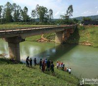 Đô Lương: Tắm mát ở chân cầu, nam thanh niên đuối nước thương tâm