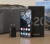 Tiếp bước Apple, Samsung sẽ không kèm theo cục sạc khi bán smartphone