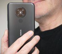 Nokia 5.3 giá 3,29 triệu đồng có đủ hấp dẫn để rút hầu bao?